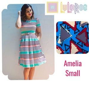 NWT LulaRoe Amelia geometric print dress
